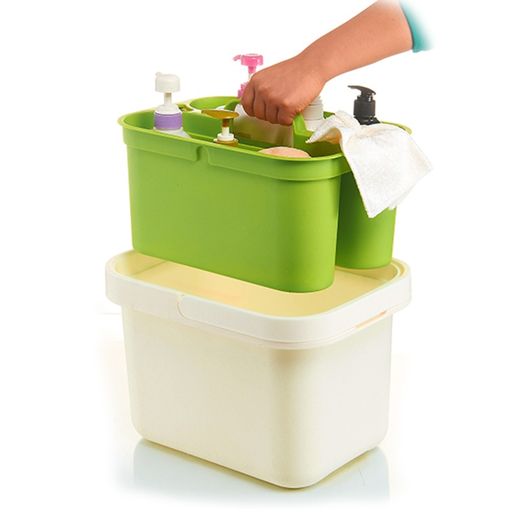 Bucket with Removable Holder